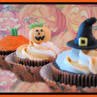 Halloween Cupcakes Chocolate cupcakes frosted with orange & white buttercream and handmade fondant toppers. It doesn't seem to matter how fast or...