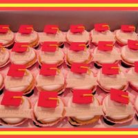 Kindergarten Graduation Cupcakes I made 48 of these graduation cupcakes for my daughter's class. They are WASC cupcakes with whipped buttercream frosting. The...