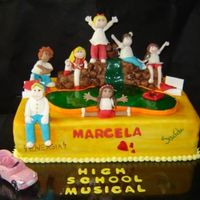 High School Musical! A cake with many colors to celebrate a beautiful young girl.