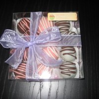 Happy Mother's Day! I made these cake truffles as Mother's Day gifts! They were strawberry cake, white cake, or chocolate cake, dipped in contrasting...
