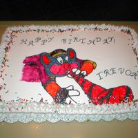 Chuck E Cheese Cake   1/2 sheet cake. Traced this from my projectascope.