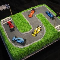 Dylanopolis 500 Racing theme cake for a 5th birthday