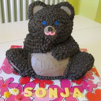 My First 3D Teddy Bear Cake :) made WITHOUT the heating core! perfectly cooked through and in one piece! :D lol!