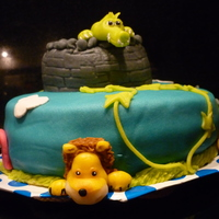 Zoo Cake This cake was made for my boyfriend who turned 30. When browsing through the 'Elke dag Taart' cake book by Wendy Schlagwein he...