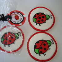 Ladybug Cookies These are cookies for a shower with a ladybug theme. The ladybug was made to match the new baby's bedding. TFL