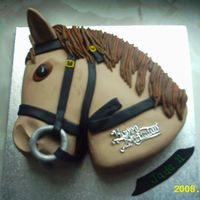 Horse sponge cake covered in fondant icing