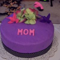 Mom.jpg Mother's Day cake for my mom.