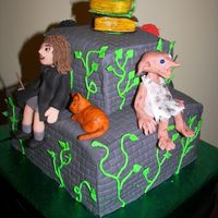 Harry Potter Birthday Cake Back view of cake showing Dobby the house elf.