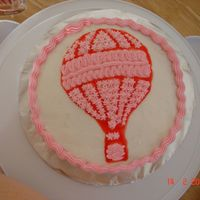 Hot Air Balloon first wilton cake transfer. was quite lazy too use more than one colour :)!