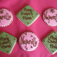 Housewarming Cookies These were done as a housewarming gift for a woman who was moving to Naperville, IL.Sugar cookies with antonia74 royal.