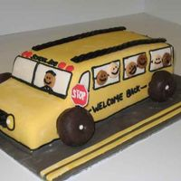 Back To School Bus My DH works for the school district as a counselor/psychologist. His co-workers have been asking for a cake for a while now, so this seemed...