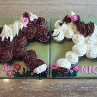 Horse Cupcake Cake   Vanilla and chocolate cupcakes.