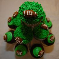 Superbowl Cupcakes just some quick cupcakes for the game. the footballs are made of tootsie rolls.