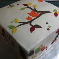Autumn Owls Quick cake I did yesterday to bring to work. White cake with raspberry and white chocolate ganache filling, buttercream icing.