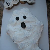 Ghost Cupcake Cake for my daughter's school party. uses about 20 cupcakes.