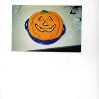 Pumpkin This was actually for a birthday, choc. cake w/ BC. Real simple!