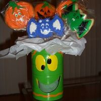 Halloween Cookie Bouquet Made 3 Halloween Bouquets as gifts. Sugar cookies.