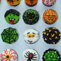 Halloween Cupcakes (Another View)