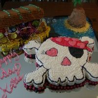 Girl's Pirate Cake Very fun to do !