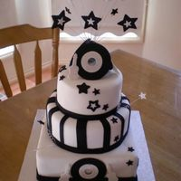 Black And White Music Cake