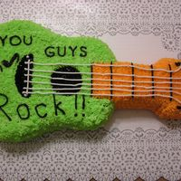 Guitar Cake I made this cake for my co-workers.