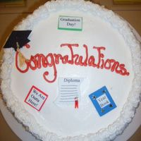 436.jpg Graduation cake. Everything is edible.