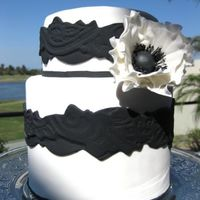 Black & White Cake With Sugar Flower