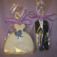 Wedding Favor Cookies NFSC with toba's glace and RI details.