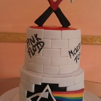 Pink Floyd! I finally had a reason to do this cake! Being my fav band, this one is totally me! Chocolate cake with chocolate buttercream. It was my fav...