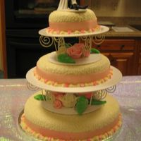 Img_0502.jpg My first wedding cake (My own):)