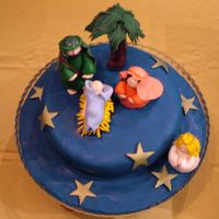 Nativity I made this cake for my volleyball club Christmas party, however, nobody wanted to cut it, they just took pictures.