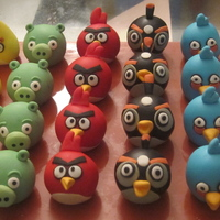 "Angry Birds Cupcake Toppers I got addicted to this game after downloading it for ""research"" when my friend asked me to make some Angry birds-themed cupcakes..."
