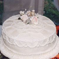 Irish Lace Cake this is an old photo of a cake I made for an Irish Bride. While not perfect.. and my first attempt at string work, it remains one of my...
