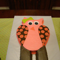 Look Whooo's Turning Two I made this for my neighbor's daughter who was having an owl party for her 2nd birthday.