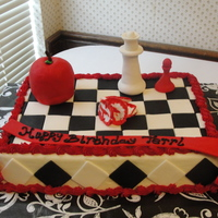 Twilight Buttercream and MMF. The apple & queen is RKT covered in fondant. This was the first time I have worked with RKT and I loved it. I...