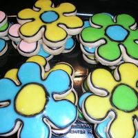 Flower Cookies Flower cookies to go with the Tinkerbell theme. NFSC w/ a variation of Alice's Cookie Icing.