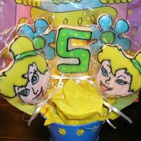 Tinkerbell Cookie Bouquet For a little girl's 5th birthday. The Tinkerbell heads are handcut, since I didn't have a cutter.NFSC with a variation of Alice&#...