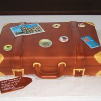 Suitcase This was for a grad who loved to travel. This was one of my fave cakes Ive done. It was fairly simple and I was quite impressed with the...