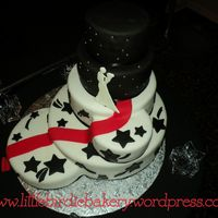 Black And White With Red Carpet This cake was super fun to make!! I couldn't picture it at all until it was fully assembled, so I was very anxious until the last...