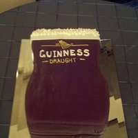 Guinness Beer Groom's Cake   The bride supplied me with the picture for the groom's cake. So yet again I don't know who to give credit to on this one.