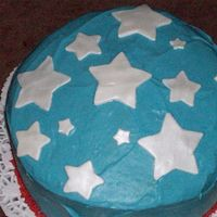 Fourth Of July! Vanilla cake with a vanilla custard filling and vanilla cream cheese frosting. Do you see a trend? This was my first time using fondant. I...