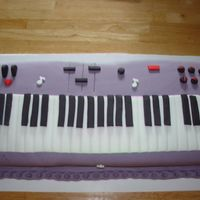 Keyboard Keyboard - chocolate cake - Inspiration from all the wonderful cakers here on CC. Thanks.