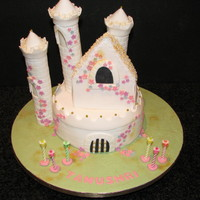 Castle Birthday Cake. Thanks to Debbie Brown for her lovely ideas.
