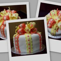 Kiki B-Day my first attempt at a bow cake