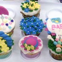 Spring Cupcakes A fun class I taught for April!