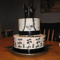 White Sox Cake DID THIS FOR MY FRIENDS 40TH BIRTHDAY TO SHIRT ON TOP IS A CUZY. SHE LOVED IT.