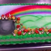 "Pot O' Gold Air brushed design with reeses and kiss candy ""gold"""