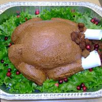 Roasted Turkey  When I first saw this cake I wanted to do it, but as a complete novice I didn't think it was possible. It was a lot of work- but...