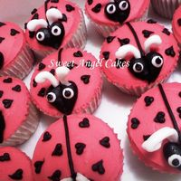 Ladybug Cupcakes All buttercream decoration