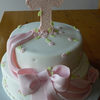 First Holy Communion Inspiration for this cake came from lvin28